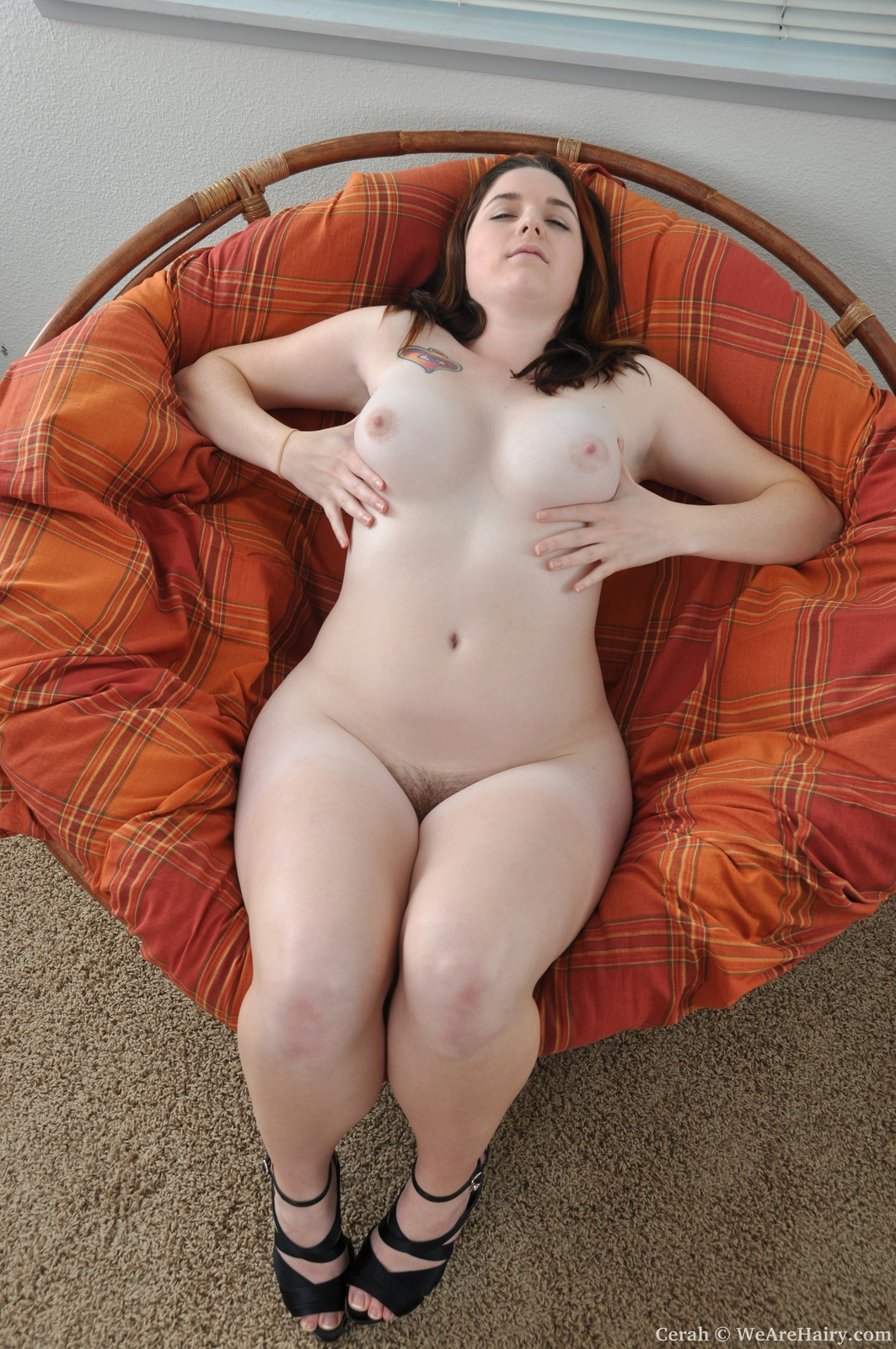 Пизда толстых девушек фото