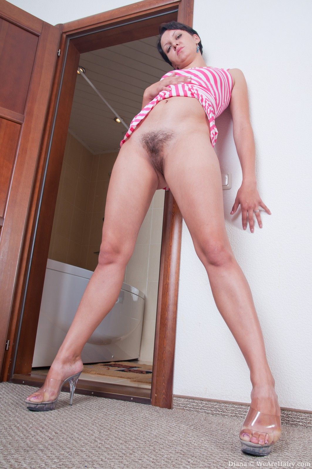 Hairy girl faustina from nicaragua plays with her pussy hair 2