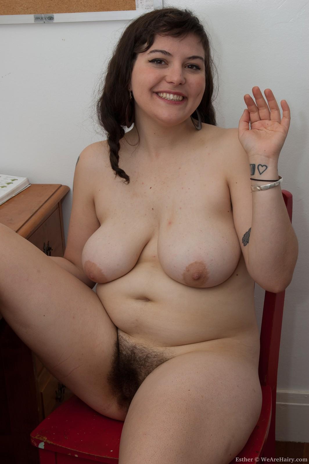 Голая толстушка с пышной грудью и мохнатой пизденкой фото, звезда пампэла порно
