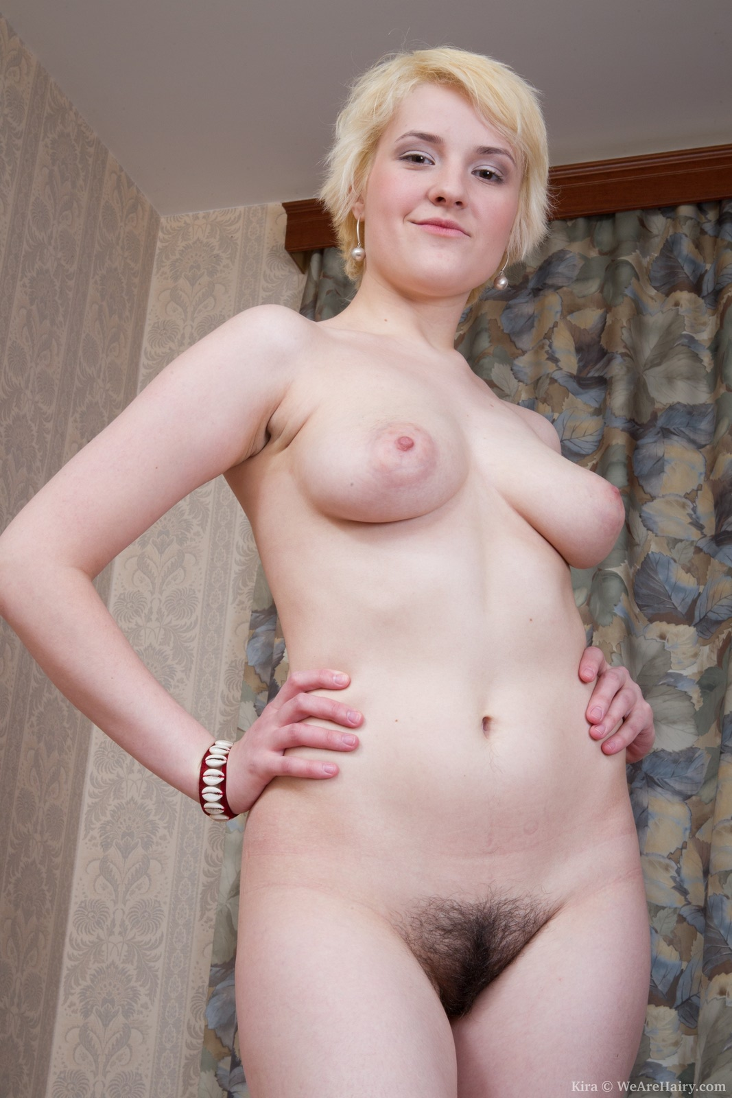 beautiful nude women from holland