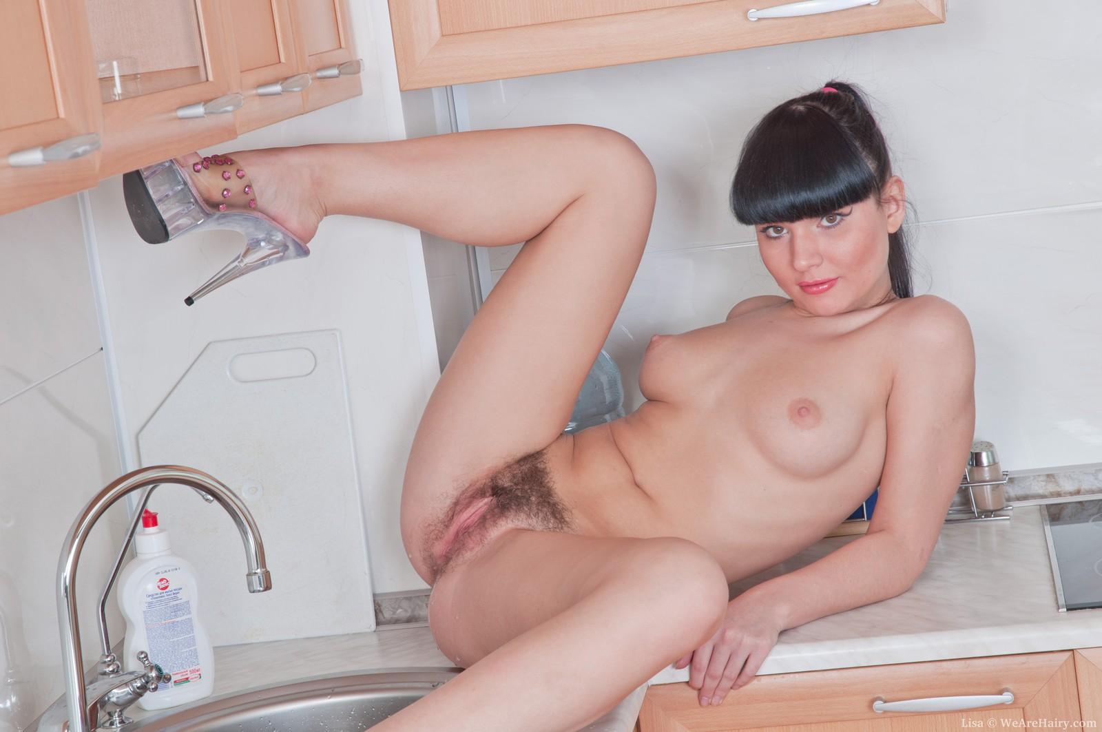 голая домохозяйка в халате видео-ом3