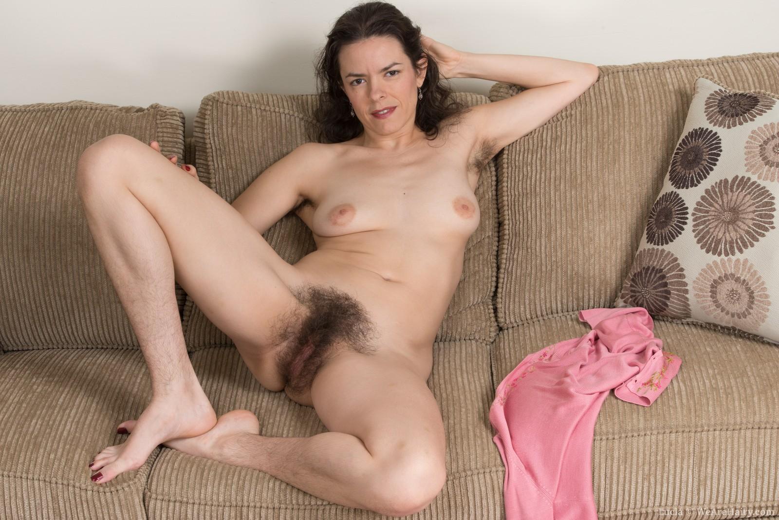 Сексфото волосатых дам, Волосатая пизда: порно фото на Возбуждает! 5 фотография