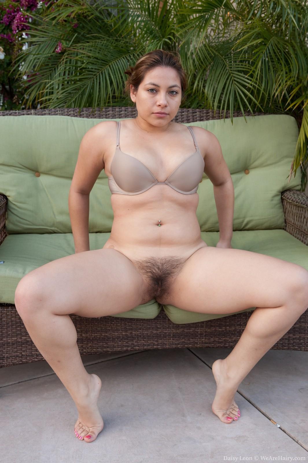 Русские дамы порно заросшие фото 21 фотография