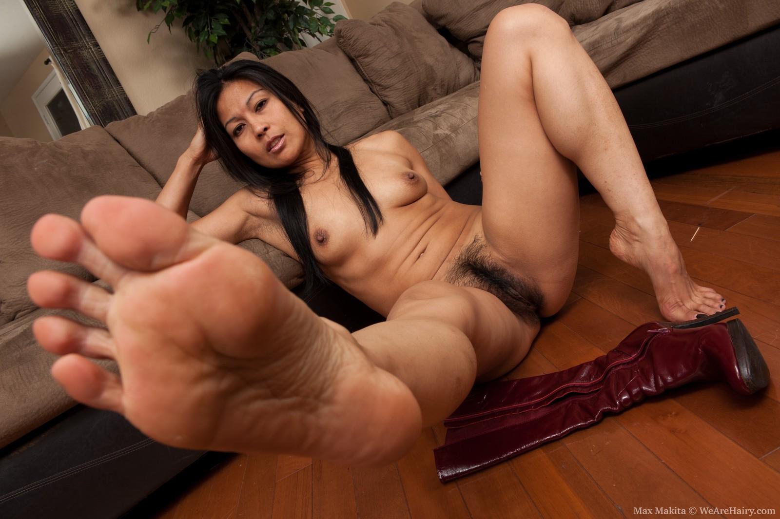 Nude foot free foto sex scene