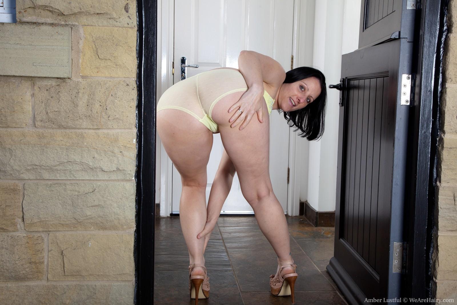 Толстозадые девушки порно фото 25 фотография