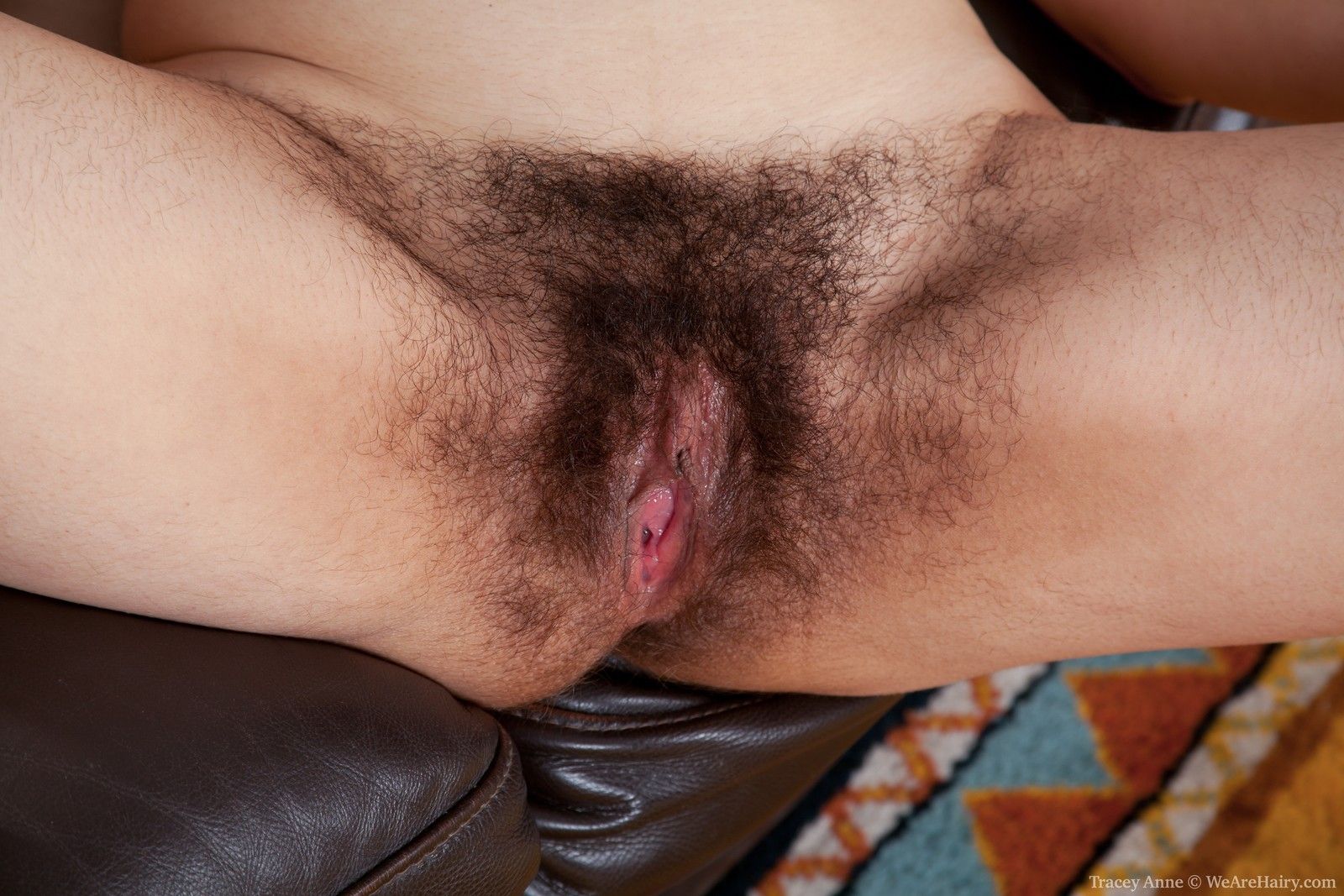 крупно порно фото волосатая пизда-ыю3