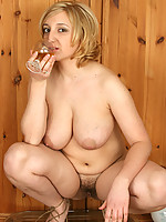 hairy pussy plus